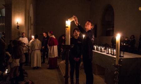 Mitglieder des Röderhofer Klangorchestersbei der Rorate-Messe im Hildesheimer Dom